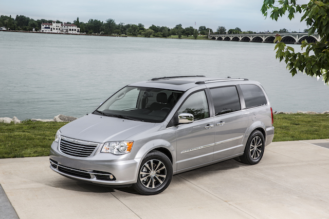 Chrysler's Hybrid Town & Country Arriving Early